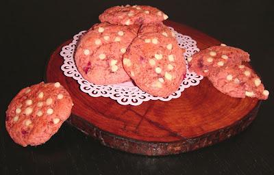 Semana de fresas: Cookies de fresas y chocolate blanco