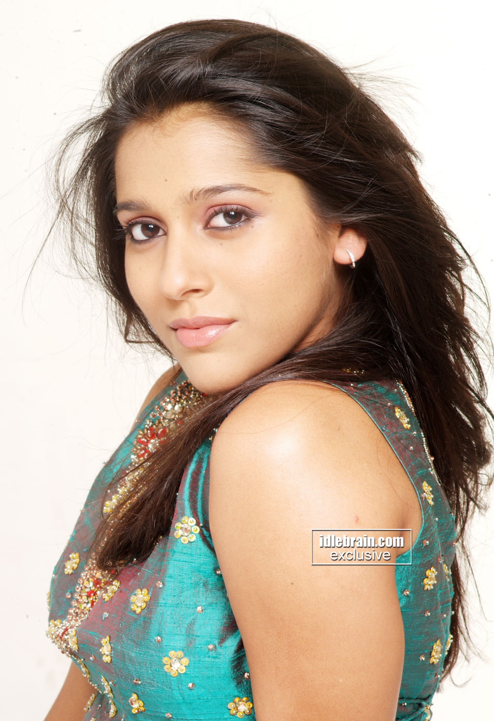 Jabardasth Anchor Rashmi Gautam Cute N Stunning Pics