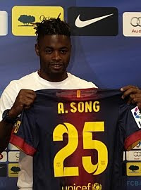 Alex Song: «Mis hijos son fans de Lionel Messi»