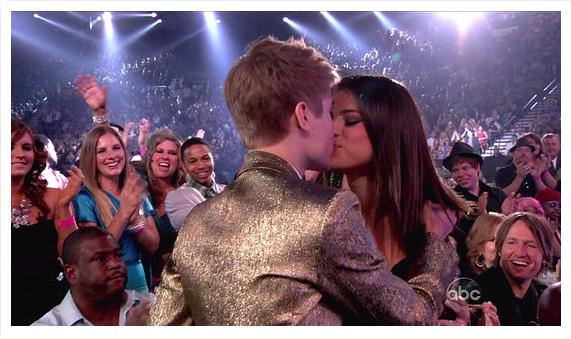 justin bieber selena gomez billboard awards kiss. Justin Bieber and Selena Gomez