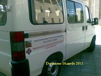 16,aprile 2011 Donazione Minibus 9 posti
