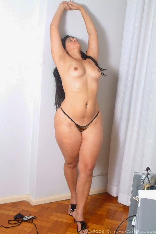 Latina con gran culo se le marca el calzon hot ass 1 - 2 part 10