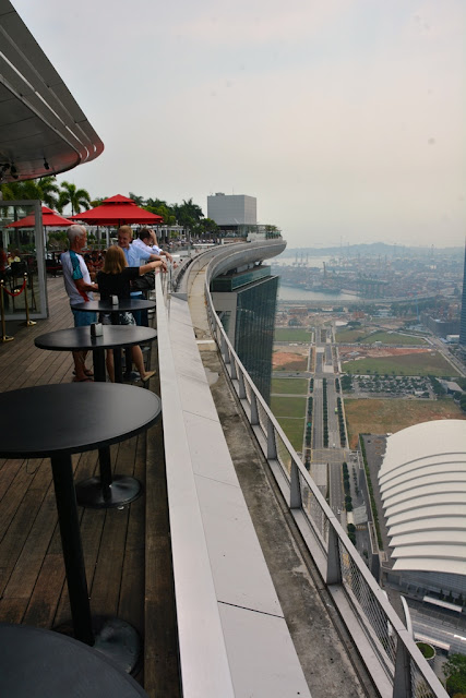 Ku De Ta Bar Singapore edge