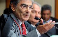 Chefe do poder judiciário brasileiro, Ayres Britto pretende se tornar vegano ainda em 2012