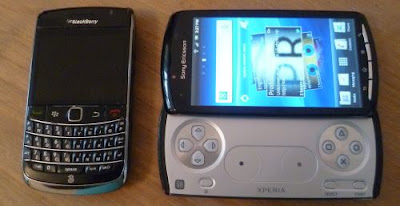 Xperia Play vs. Bold 9700