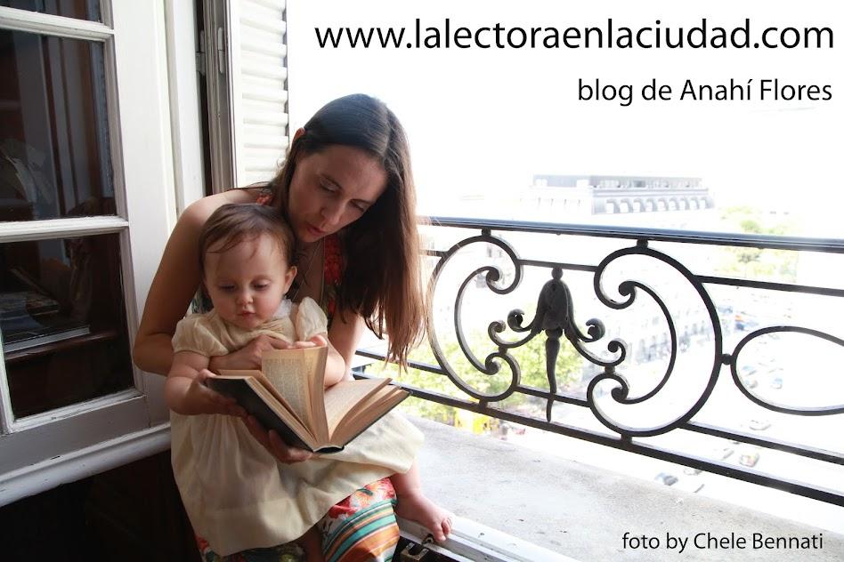 La lectora en la ciudad