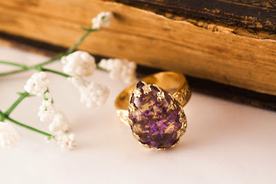http://www.pinkbijou.com/index.php/anillo-flor-real/