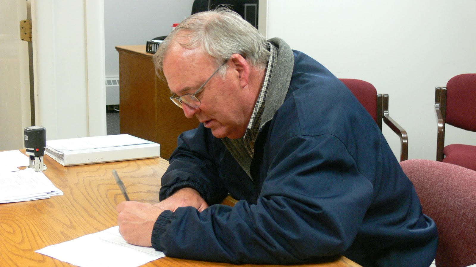 Bobby Kuppers files for County Commissioner