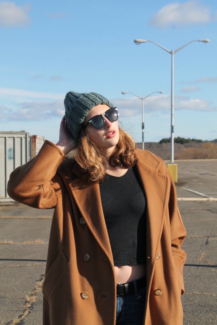 Max Mara vintage camel coat, black cardigan, black crop top, knit green beanie, jeans outfit