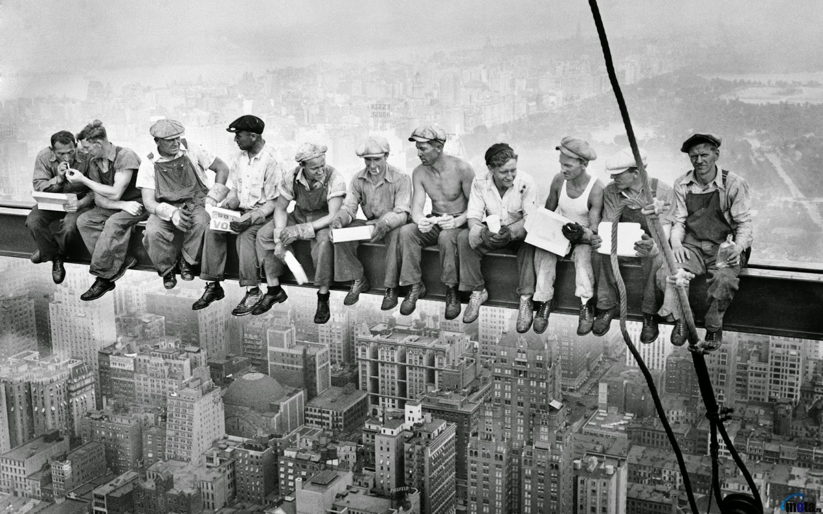 new york history geschichte lunch atop a skyscraper building search part 3. Black Bedroom Furniture Sets. Home Design Ideas