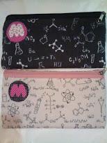 Estojos de química e matemática exclusivos e personalizados com a primeira letra do seu nome
