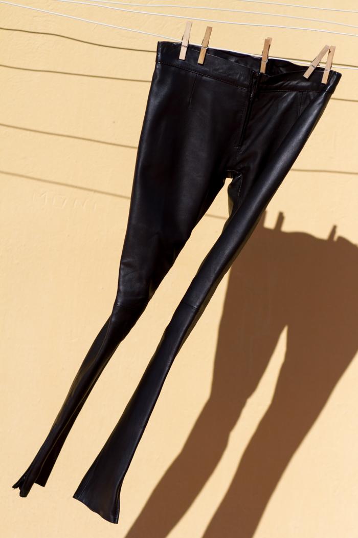 Pantalones-cuero-napa-ajustados-GABRIEL_SEGUI-Blog-Moda-Valencia-Tendencias-NOvedades-Primavera-2014