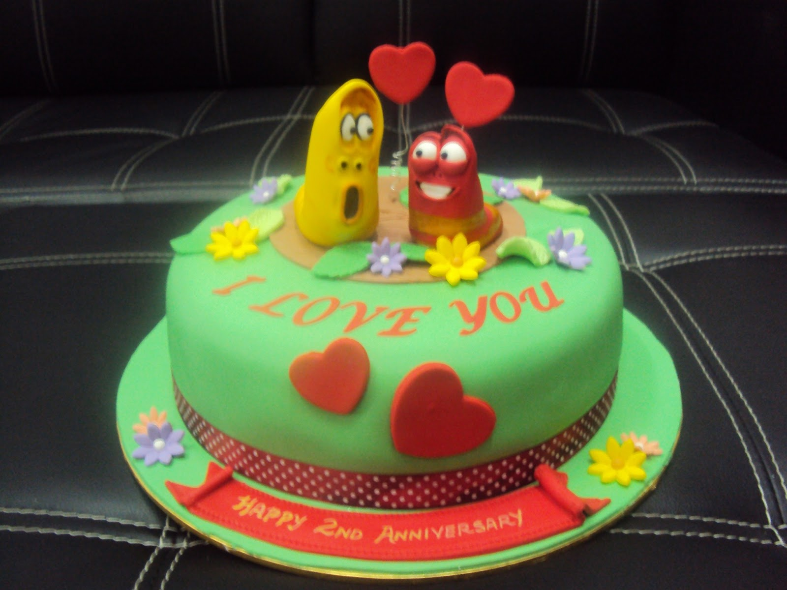 Larva Cartoon Cake Design : L mis Cakes & Cupcakes Ipoh Contact : 012-5991233 ...