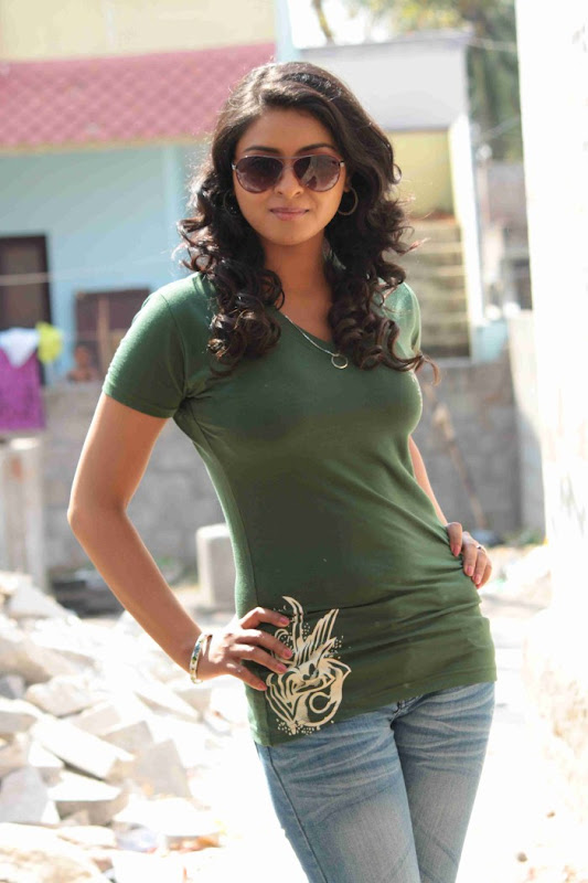 Doo Movie Actress Nakshatra Cute Stills gallery pictures
