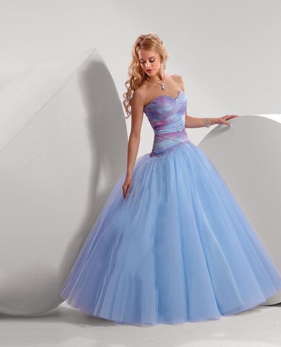 Robes de mariage robes de soir e et d coration robe de for Robes de bal de plage robe de bal