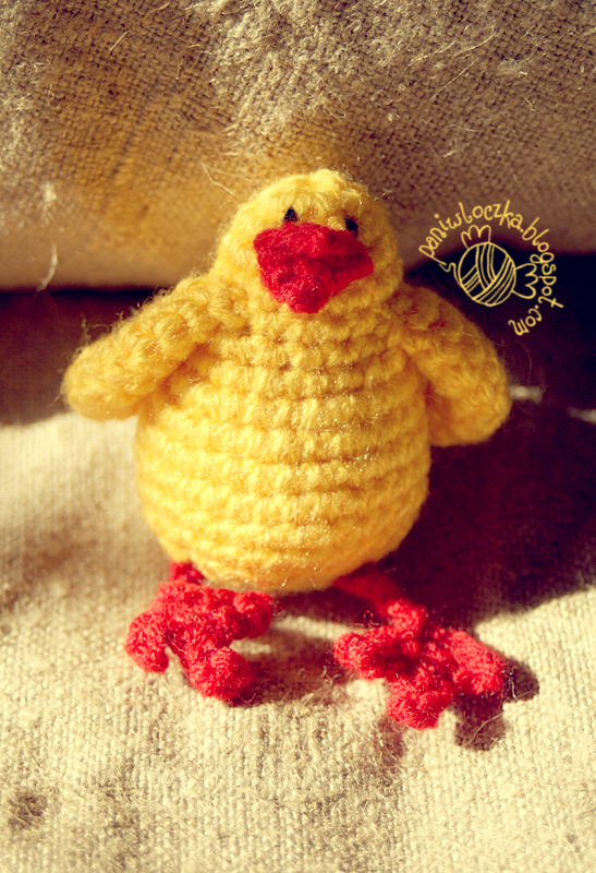 Wielkanocny kurczak na szydełku