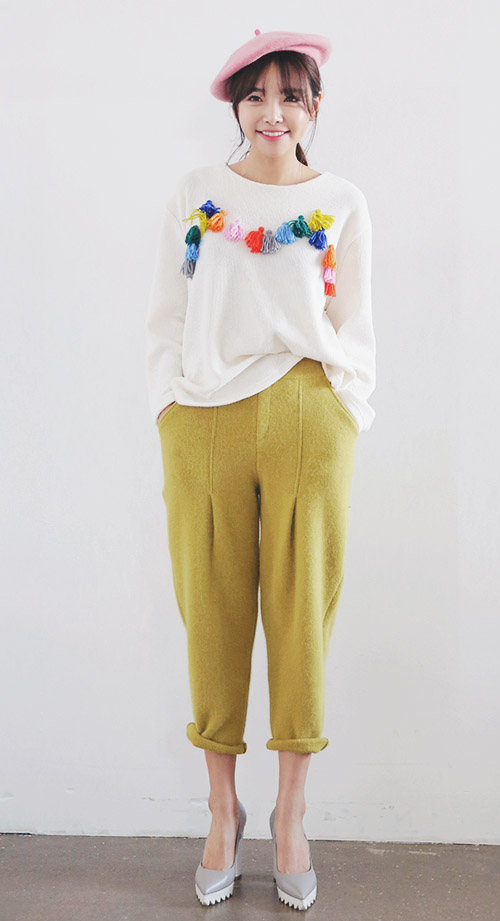 Colorful Tassel Accent Pullover