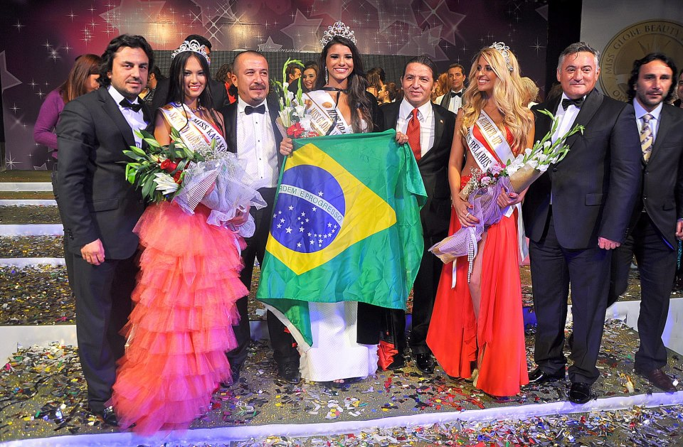 Miss Globe International 2012 winner Brazil Jakelyne De Oliveira