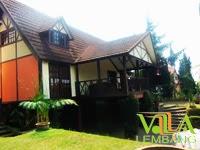 Villa Istana Bunga Lembang Blok E No.2