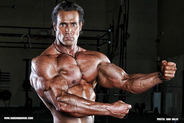 Trening ramion według Mike'a O'hearn i ćwiczenia, których nie znałeś!