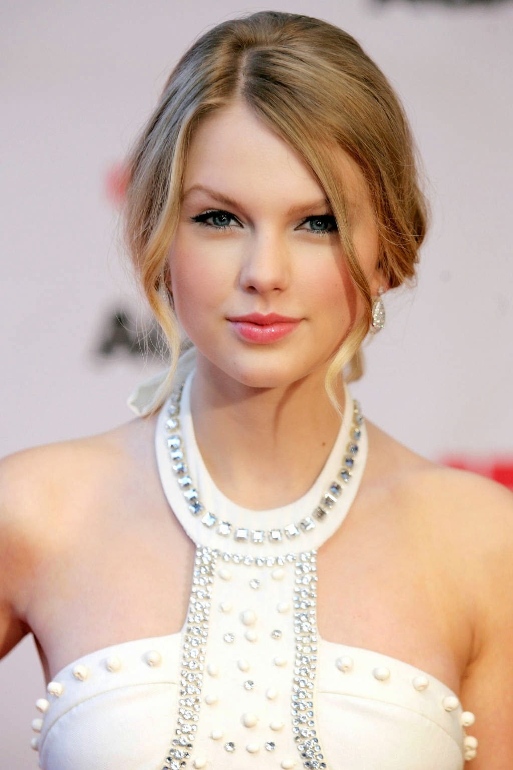 taylor swift white dress taylor swift taylor swift taylor swift Taylor Swift