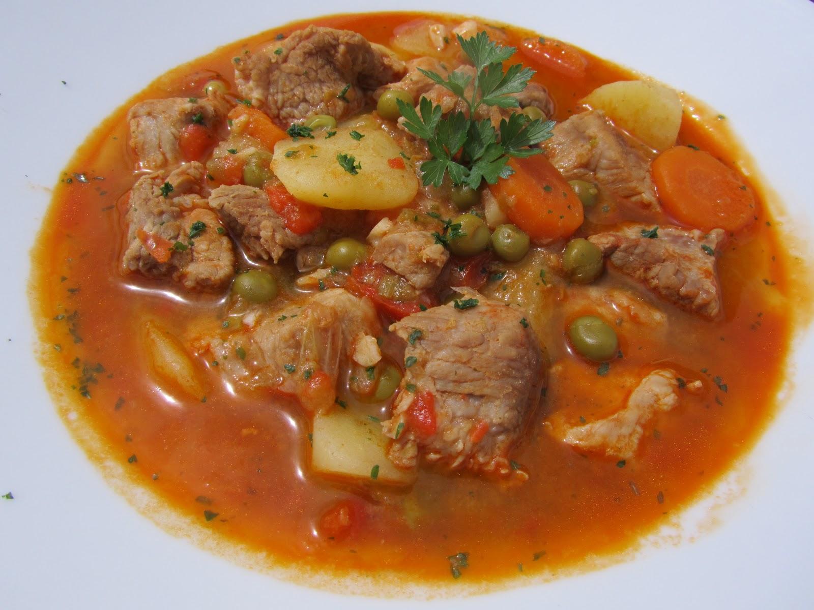 Estofado de cerdo con verduras - Guiso de carne de cerdo ...