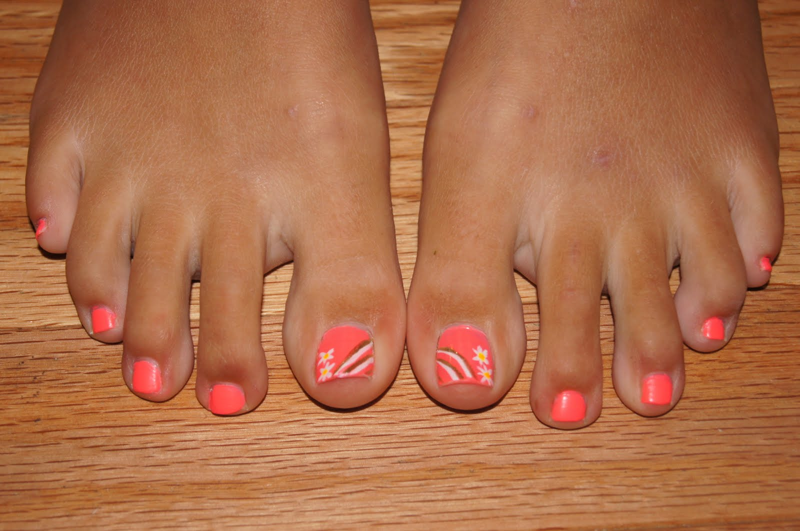 Summer Toenail Designs