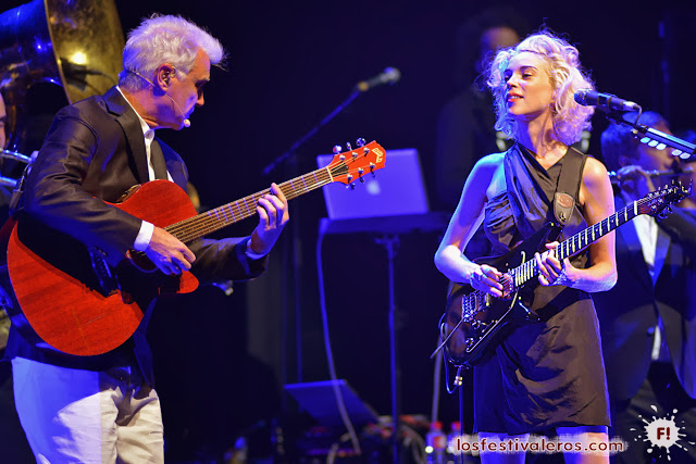 David Byrne, St. Vincent, Love this Giant