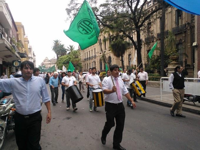 ATE y Municipales del Interior marcharían con estudiantes de la UNT