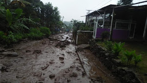Kawasan Puncak Bogor Dilanda Banjir Bandang
