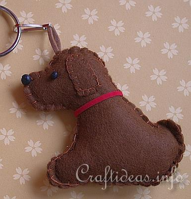 Felt Dog Patterns http://dogsbarkoutloud.blogspot.com/2012/10/make-it-canine-christmas-diy-dog.html