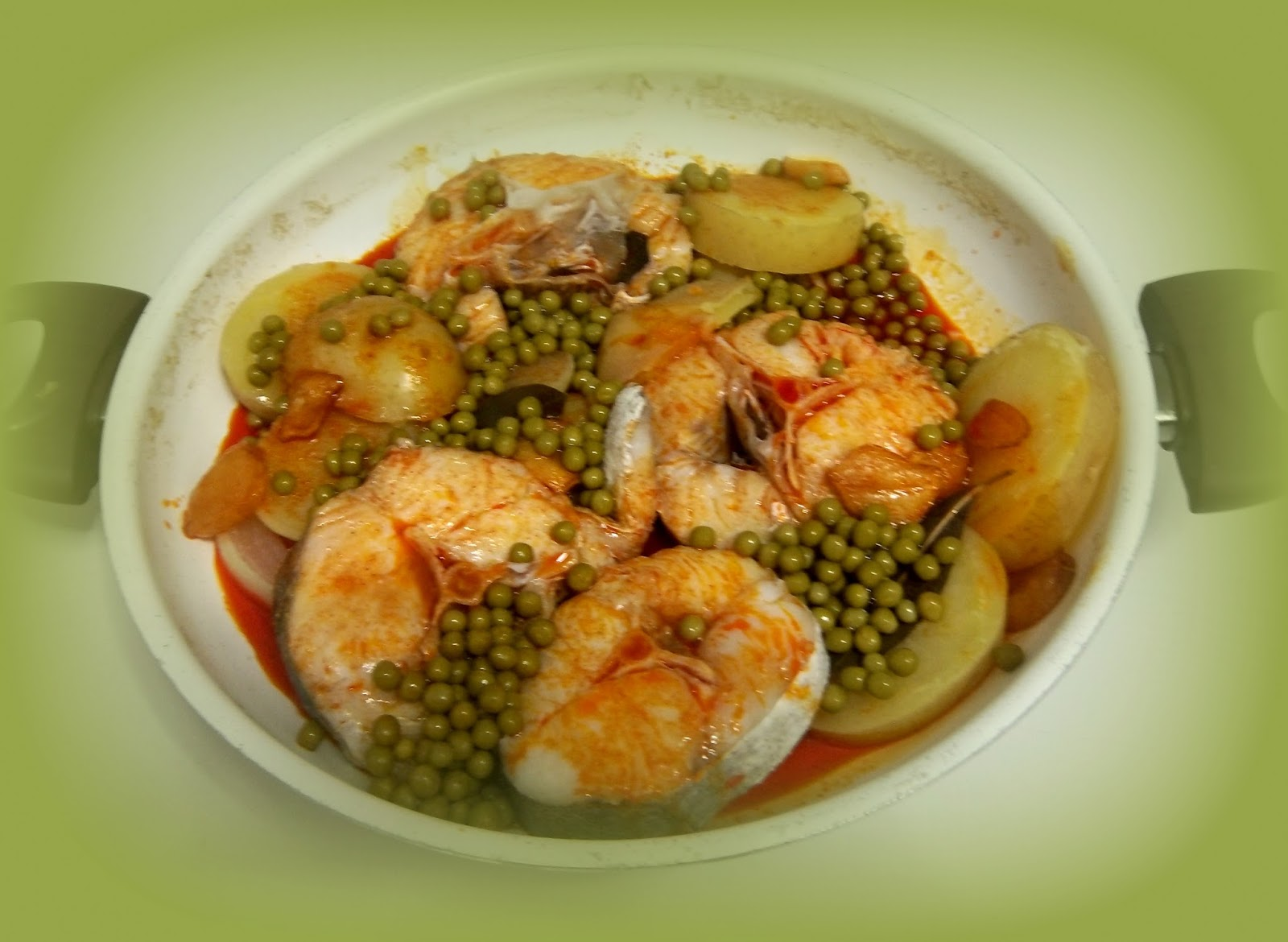 Cocinar con fotos en tres pasos pescados cocochas for Cocinar raya a la gallega