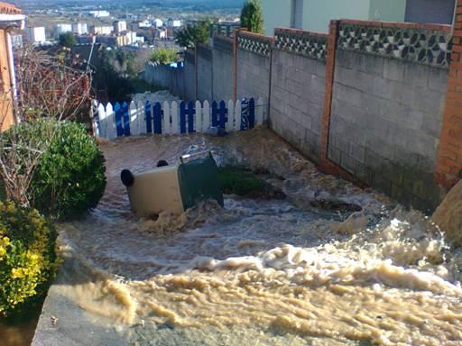 Cuyences-oviedo-carretera-inundaciones-aqualia