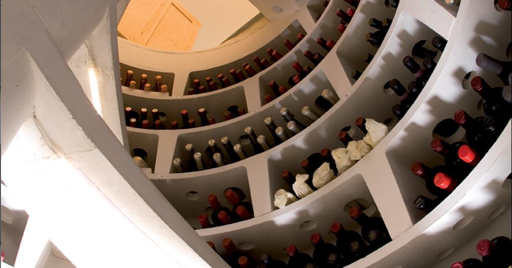 Cave A Vin Creusée plus riche et independant: investir dans une cave à vin enterrée