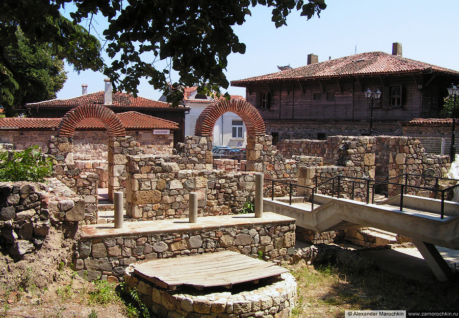 Крепостные стены в Созополе | The city walls in Sozopol