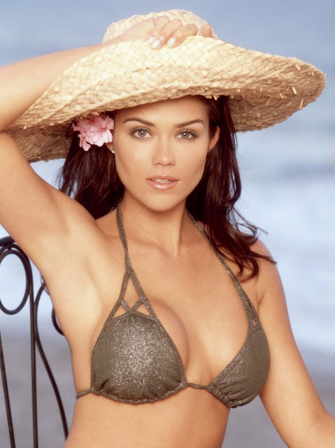 Susan Ward Hot Pics In Bikini | Hot Celebrity Photos Pictures Pics