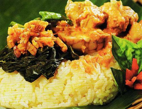 Nasi Bakar Ayam Pedas