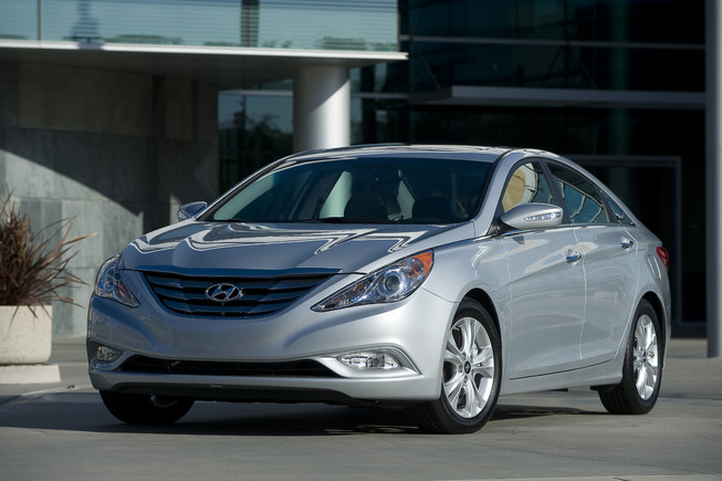 Hyundai Sonata Hybrid Version : Car Review 2011 And Pictures