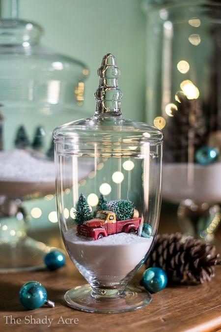 Christmas party decor glass jars nana toulouse for Christmas glass jars