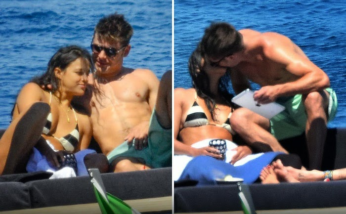 from Phillip zac efron gay evidence