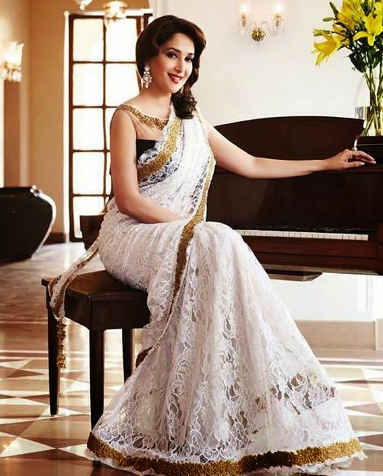 Wallpaper download madhuri dixit - Best Madhuri Dixit Wallpapers And Pics Photoshotoh 1258 1562