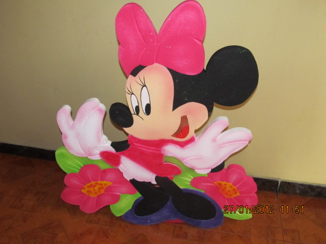 2134009 3147817285 mesa principal con decoracion de minnie mouse