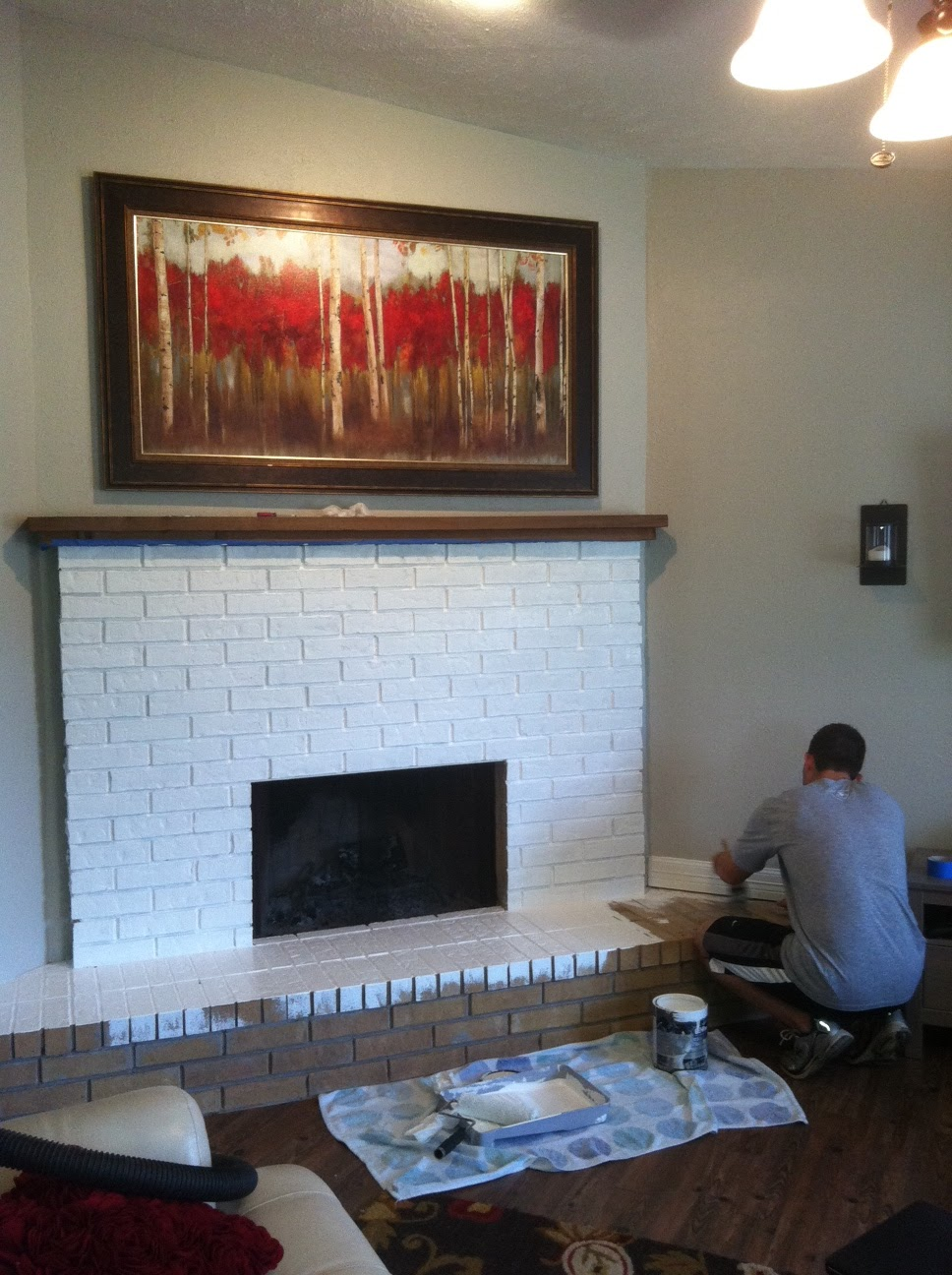 The Happy Homebodies: Weekend Project: Fireplace Facelift