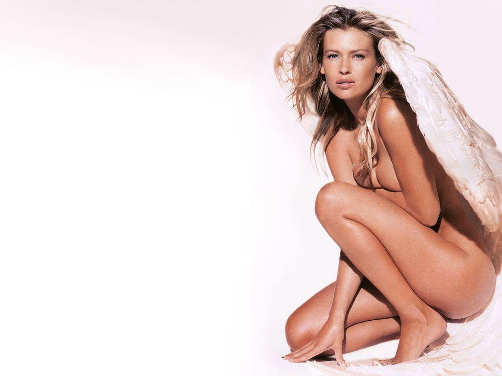 http://2.bp.blogspot.com/-FV1C9SzsAG4/TYzLrtTtn8I/AAAAAAAALnU/KnfnKrnSnIo/s1600/Hot_!%20%20model_Daniela_Pestova_Wallpaper.jpg