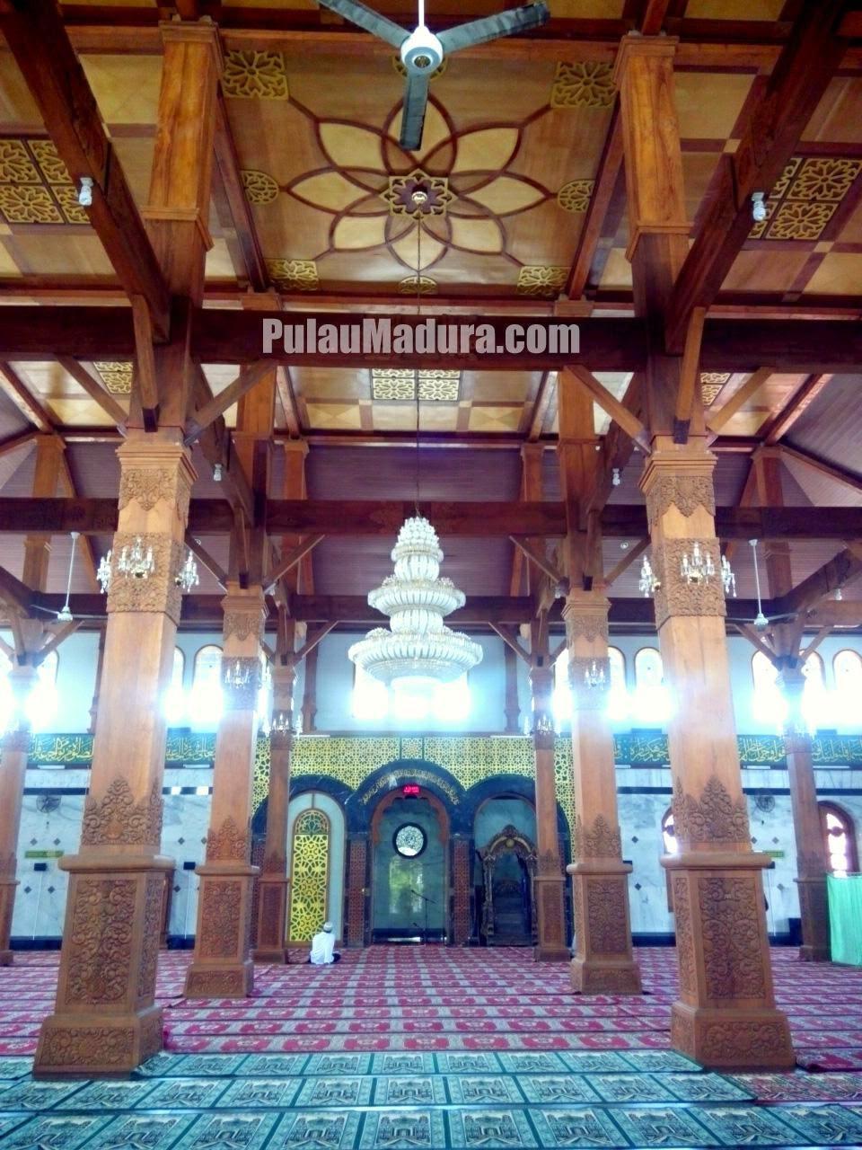 Alamat, Foto dan sejarah Masjid Agung Bangkalan