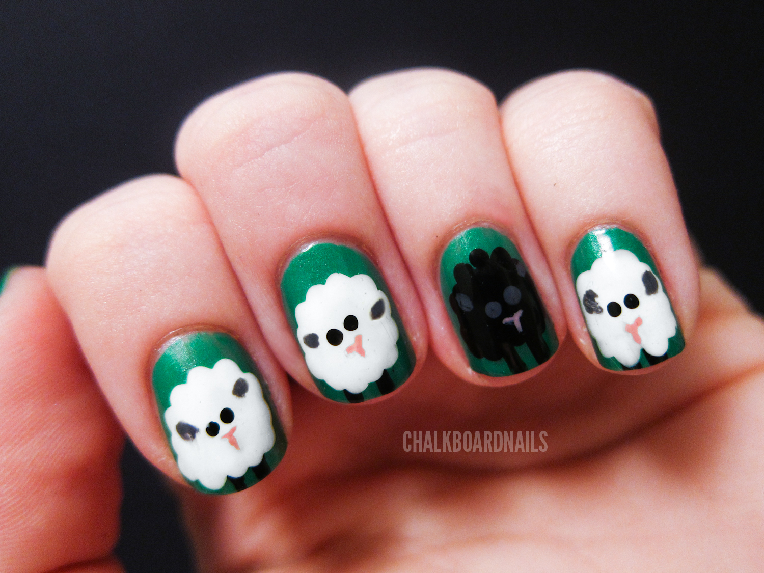 Sheep Nail Art (+ Tutorial) | Chalkboard Nails | Nail Art Blog