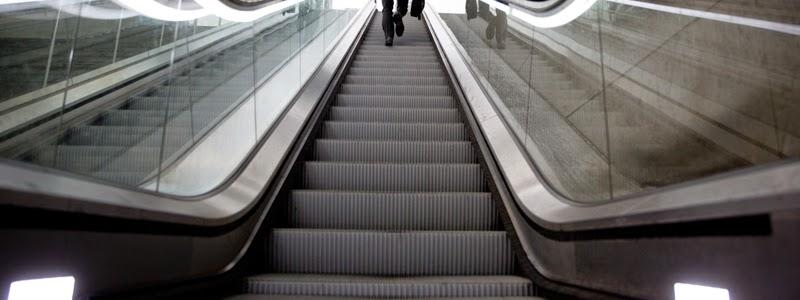 kontraktor eskalator