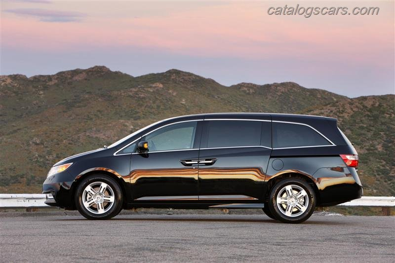 صور سيارة هوندا اوديسى 2013 - اجمل خلفيات صور عربية هوندا اوديسى 2013 -Honda Odyssey Photos Honda-Odyssey-2012-09.jpg