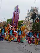 Disney Land. (disneyland april )
