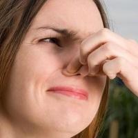 mengatasi bau badan